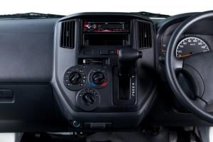 Daihatsu Gran Max_Panel Van_Automatic Transmission_Console_Malaysia