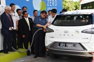 Hyundai NEXO_Sarawak Energy_Hydrogen Refuelling Station_Chief Minister of Sarawak, Datuk Patinggi Abang Johari Openg_Malaysia