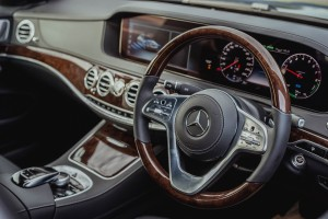 Mercedes-Benz S560e_Plug-in Hybrid_Steering Wheel_Meter Display_Malaysia