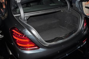 Mercedes-Benz S560e_Plug-in Hybrid_Battery_Boot_Luggage Space_Malaysia