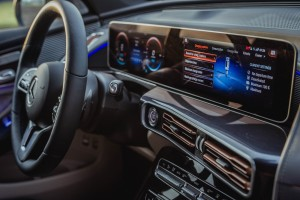 Mercedes-Benz EQC_Widescreen Display_MBUX Infotainment System_Malaysia