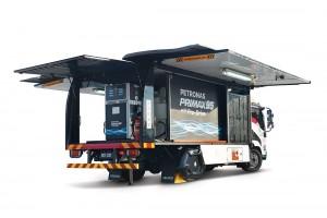 Petronas Dagangan Berhad_ROVR B2C_3000-liter Capacity Truck_Mobile Refuelling Service_Malaysia