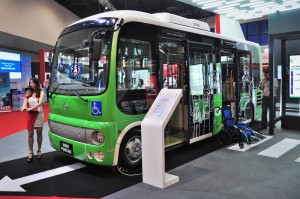 Hino Poncho_Minibus