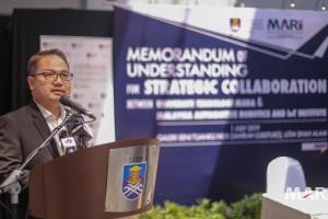 MARii_UiTM_MOU_Dato' Madani Sahari