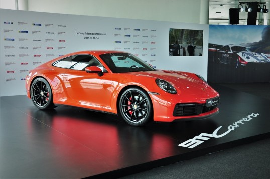 The Eighth Generation Porsche 911 Continues Its Iconic Run
