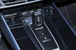 Porsche 911 Carrera_Gear Shift_8 Speed PDK_Touch Sensitive Centre Console_2019