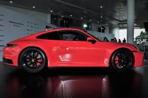 Porsche 911 Carrera S_Side View_Sepang International Circuit_Malaysia_2019