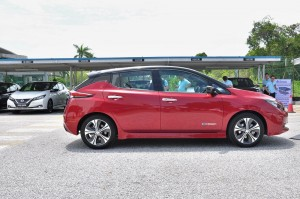 Nissan LEAF_Electric Vehicle_Side View_Malaysia