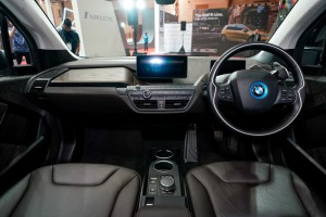 The First-Ever BMW i3s_Dashboard_Steering Wheel_Centre Console