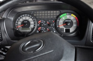 Hino 700 Series_Prime Mover_Heavy Duty Truck_Meter Cluster Display_Malaysia