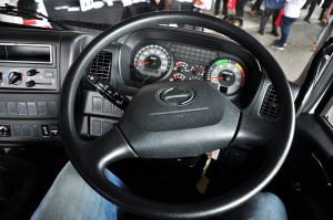 Hino 700 Series_Heavy Duty Truck_Prime Mover_Cab_Steering Wheel_Malaysia