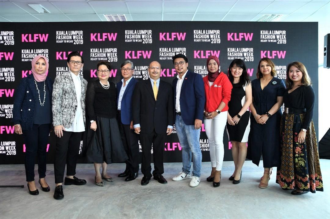 25d139f0 Lexus Is Official Car Sponsor For KL Fashion Week 2019 - Autoworld ...