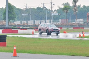 Subaru Forester_Wet Track Test
