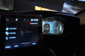 Peugeot 5008 SUV Plus_Malaysia_Head-up Cluster Display_Touchscreen Display