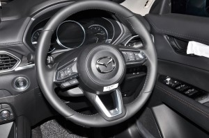 Mazda CX-5_2.5L SKYACTIV-G Turbo_Steering Wheel