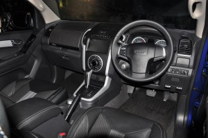 Isuzu Malaysia_D-Max Blue Power 1.9_Launch_Dashboard_Steering Wheel