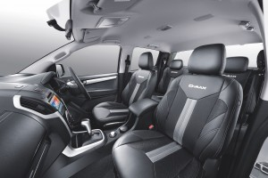 Isuzu D-Max_Blue Power_Cabin_Seats_Interior