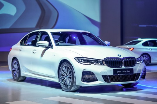 Locally Assembled BMW 330i M Sport Unveiled; Priced From RM289k