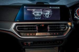 The New BMW 330i M Sport_Control Display