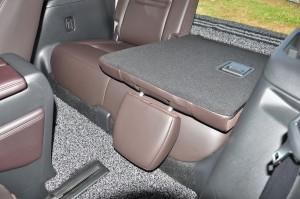 Mazda CX-8_Third Row Seat Folded