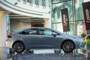 Toyota Corolla Altis 1.8_Malaysia