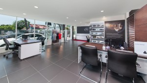 Mercedes-Benz Autohaus_Malaysia_Service Reception_Merchandise