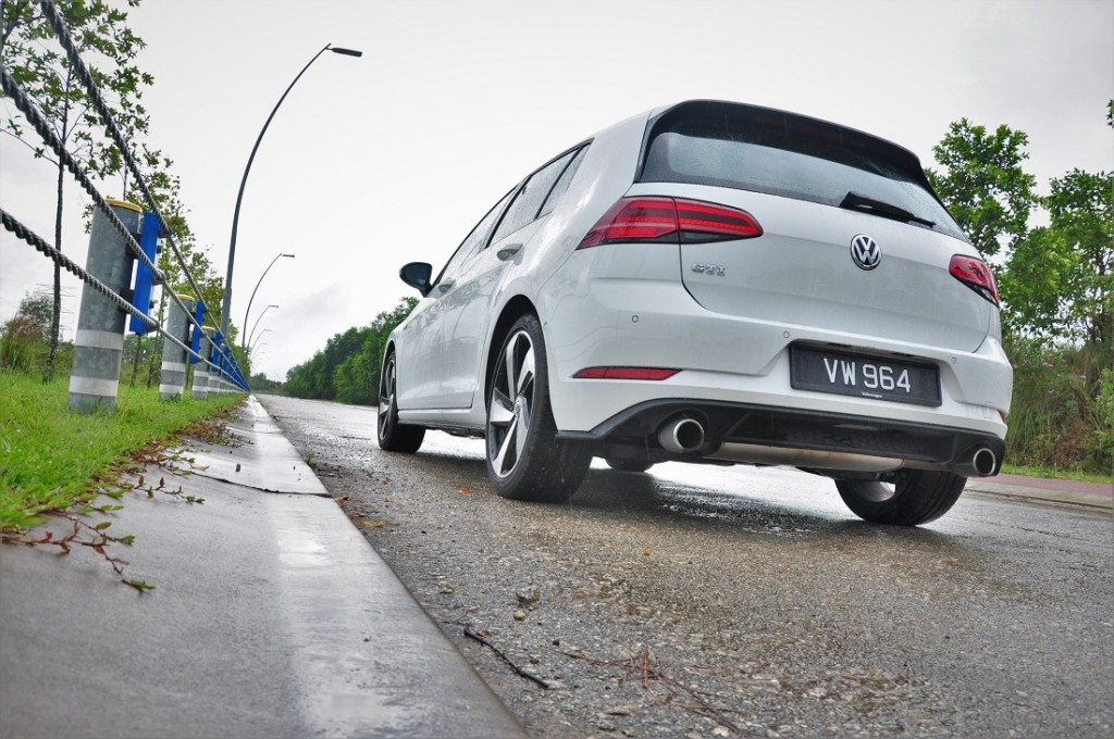 Volkswagen Golf GTI Mk 7.5_Rear