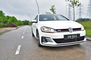 Volkswagen Golf GTI_Mk 7.5