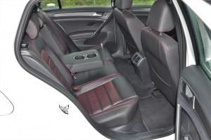Volkswagen Golf GTI Mk 7.5_Rear Seats_Rear Armrest