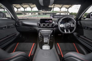 Mercedes AMG GT C_Interior_Dashboard