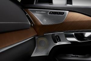 Volvo XC90 Lifestyle Image 10_Bowers & Wilkins
