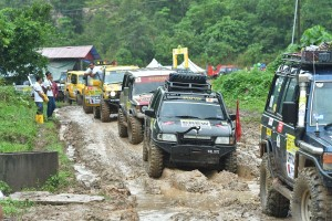 Rainforest Challenge_Malaysia_Off-road_Mud_Rain_4x4_Convoy