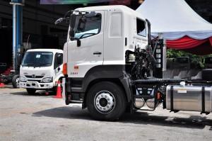 Hino_Trucks_Malaysia_300_700