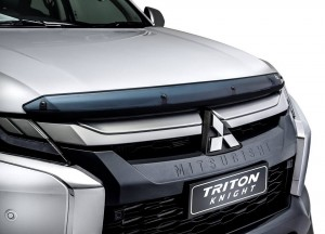 Mitsubishi Triton Knight Hood Protector