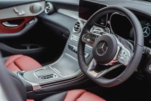 Mercedes-Benz_GLC 300_Steering Wheel
