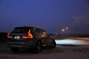 Volvo XC60_Rear View