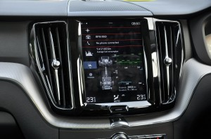 Volvo XC60_Sensus_Touchscreen