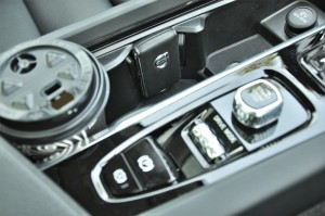 Volvo XC60_Key Fob_Cup Holder_Centre Console