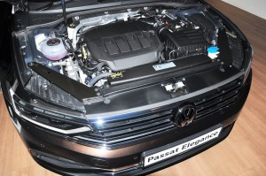 Volkswagen Passat Elegance_2.0 Litre TSI Turbocharged Engine_VW