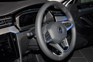 Volkswagen_Steering Wheel