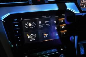 Volkswagen_Infotainment System_9.2 Inch Touchscreen