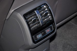 Volkswagen_3-Zone Climate Control_Rear Air Vents