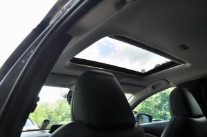 Mazda CX-30_Powered Sunroof