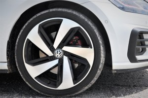Volkswagen_VW_Alloy Wheel