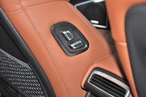 Proton X70_Premium_Boss Controls_Front Seat