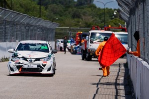 Toyota Gazoo Racing_Vios Challenge_Red Flag