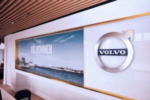 Volvo Cars_Showroom_Reception_Welcome