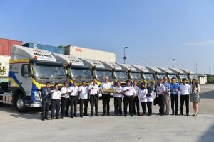 Volvo Malaysia Sdn Bhd_Volvo Trucks_Multimodal Freight_FM440_Handover