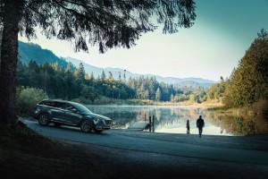 Mazda CX-9_SUV_Outdoors