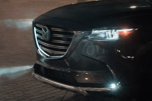 Mazda CX-9_Front Grille_Logo_LED Headlight_2020